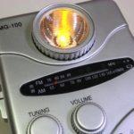 LEDライト付き手巻きラジオ