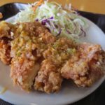 東北福祉大国見キャンパス学食の油林鶏